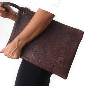 Chiara. Pochette in pelle Made in Italy